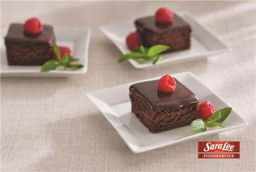 CHOCOLATE MUD CAKE TRAY 2KG